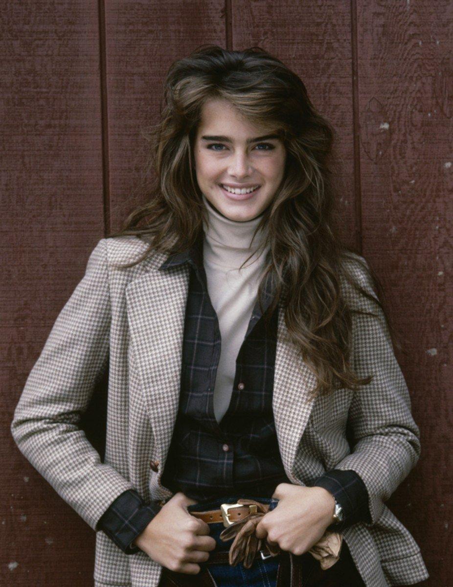 Brooke Shields modelling in 1982