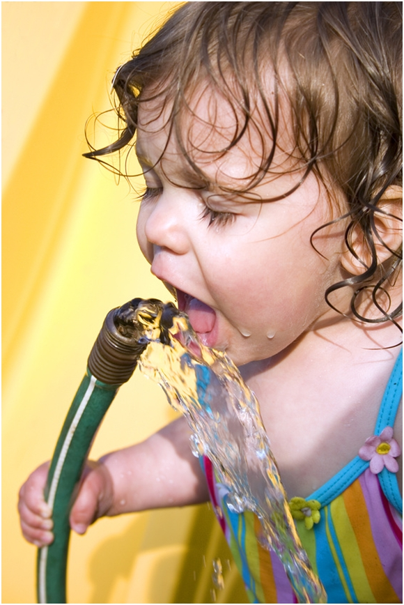 drinking from hose 13 Things That 80s Kids Did Outdoors That Kids Now Days Have No Idea About!