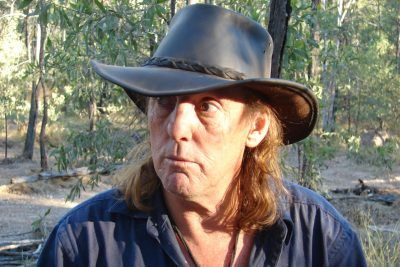 2. Here's What The Cast Of Crocodile Dundee Are Up To Nowadays