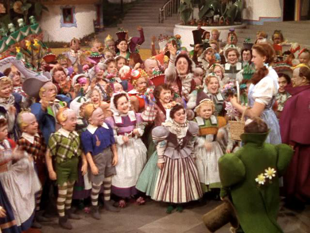 10 2 10 Crazy Behind-The-Scenes Stories From The Wizard Of Oz.
