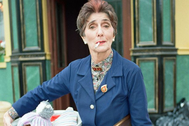 Dot Cotton 2 Eastenders Dot Cotton Actress June Brown Looked STUNNING In Her Youth