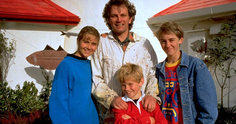 Remember Linda From Round The Twist? She Is Stunning Now!
