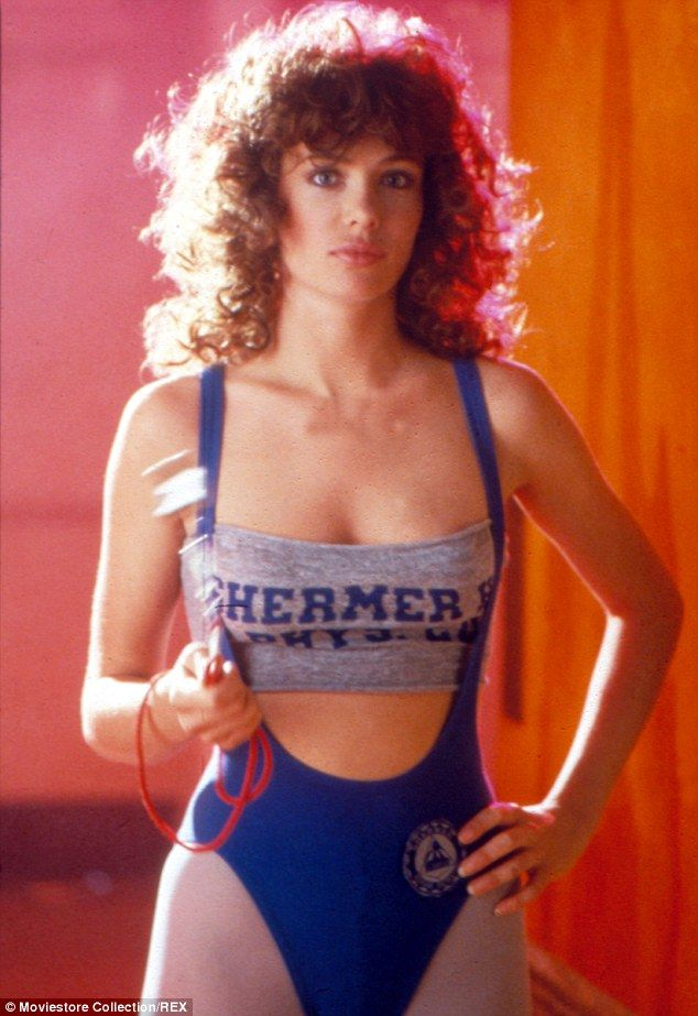 e819cda58851d11c2e02d27a42099b09 15 Things About 'Weird Science' You Probably Didn't Know