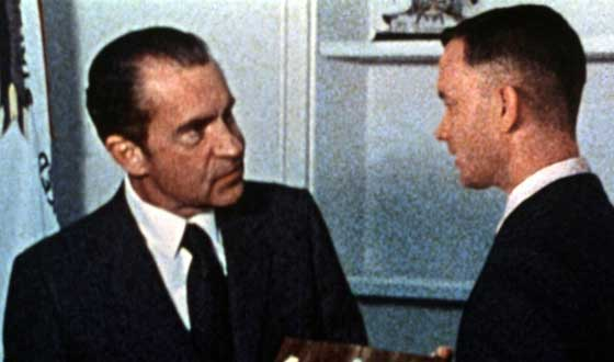 forrest gump nixon 560 33 Things You Didn't Know About Forrest Gump