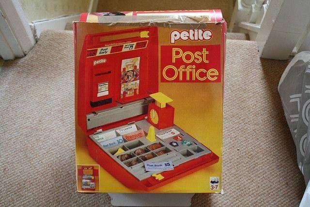 Pee Post Office