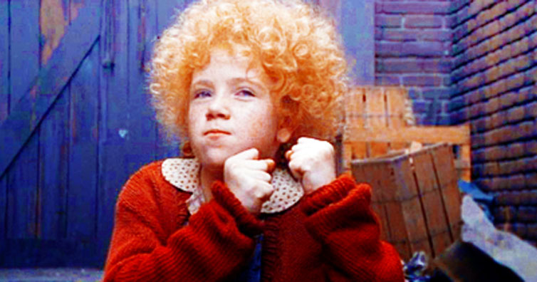 Do You Remember The Little Redhead From Annie? This Is What She Looks Like Now!