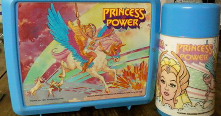 10 School Lunch Boxes That You Probably Had!