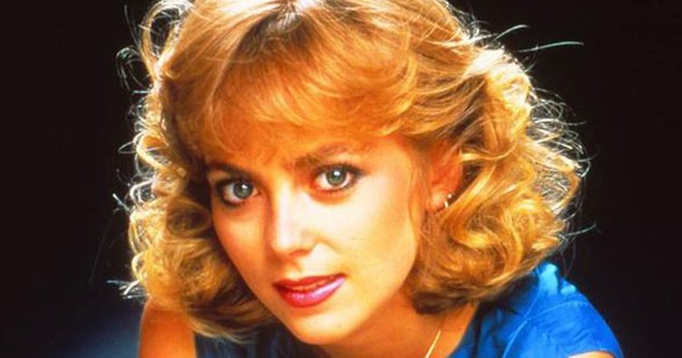 Remember 'Plain Jane Superbrain' Harris from Neighbours? You Have To See Her Now!