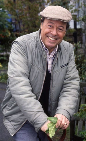 Arthur Fowler 12 Classic Characters From Eastenders. Who Remembers Them All?