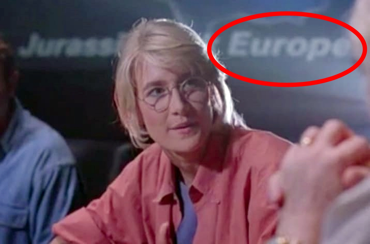 EUROPE 25 Things You Probably Missed In Jurassic Park