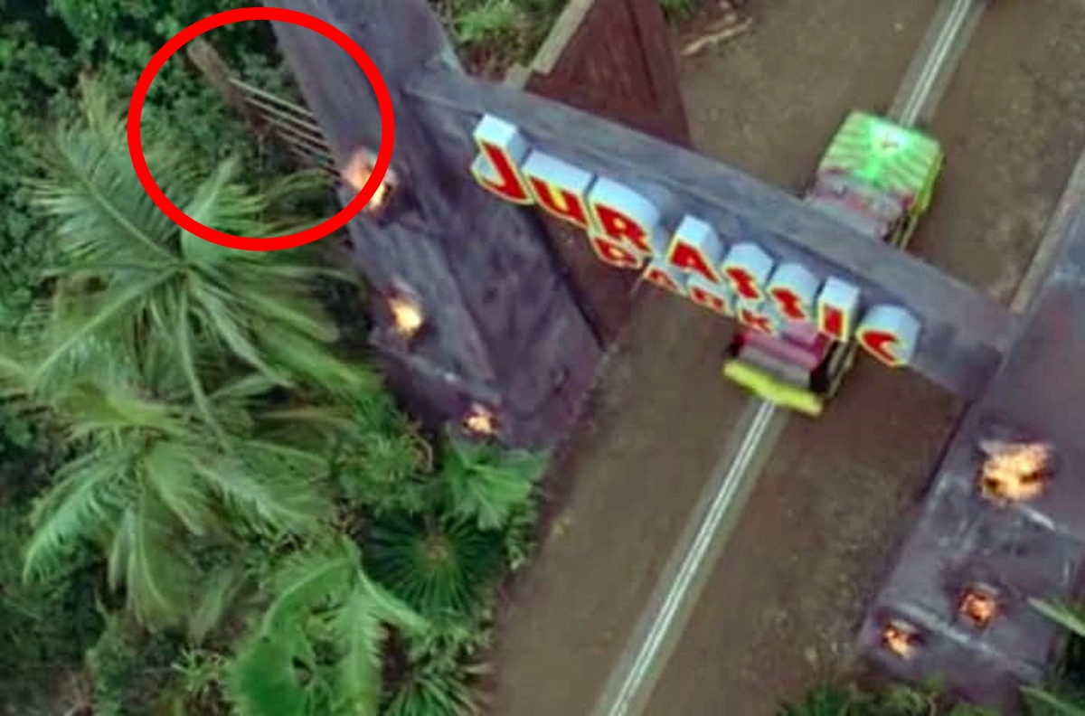 FENCE 25 Things You Probably Missed In Jurassic Park