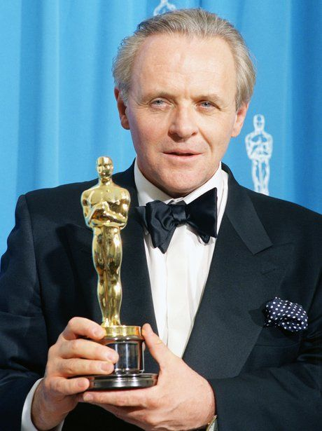 Anthony Hopkins with his Best Actor Oscar 1992 Academy Awards
