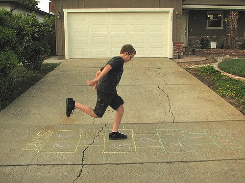 hopscotch 10 Games You Played In The Playground Back In The Day