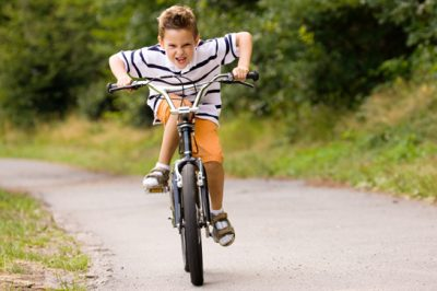 no helmet 10 Things We Used To Do In The School Holidays