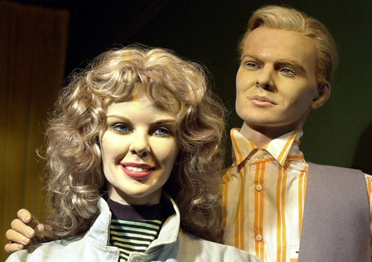 16 1 The 16 Worst Celebrity Waxworks Of All Time