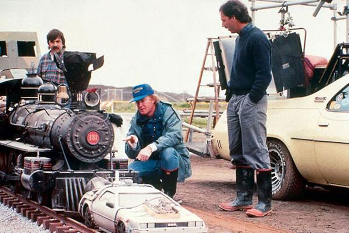 2 13 22 Revealing Behind The Scenes Pictures From Classic Films