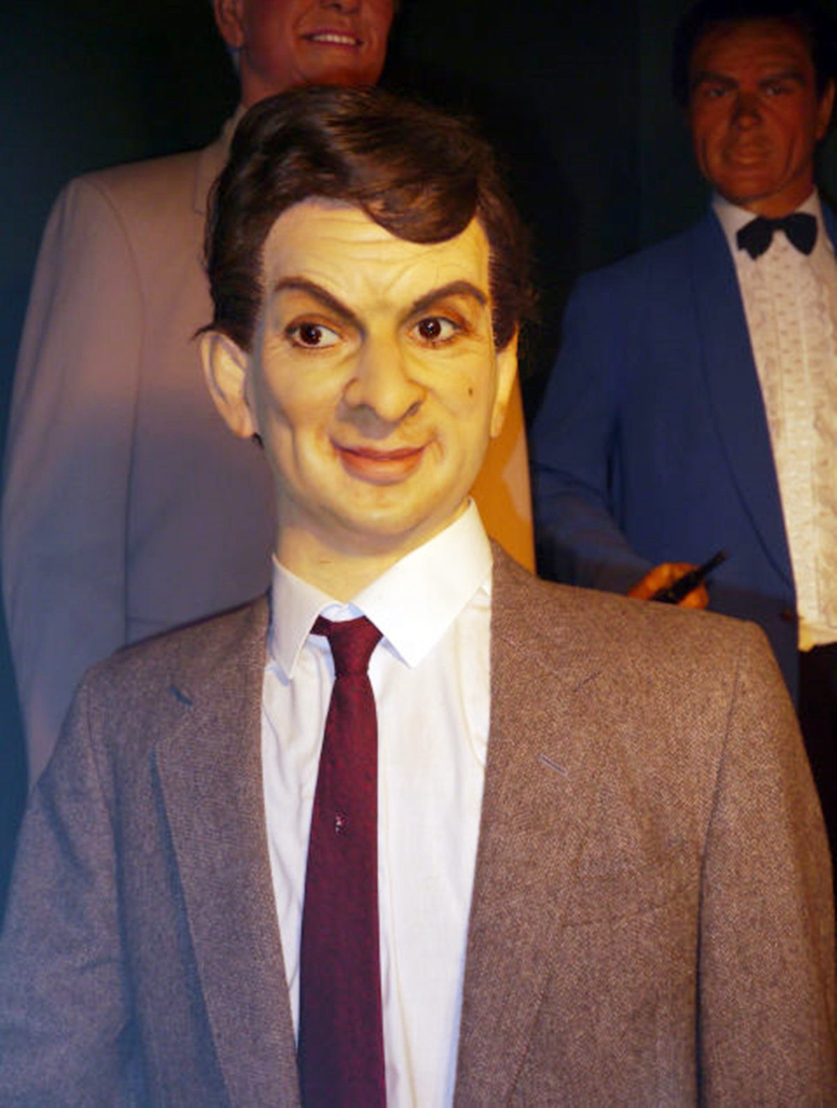 6 10 The 16 Worst Celebrity Waxworks Of All Time