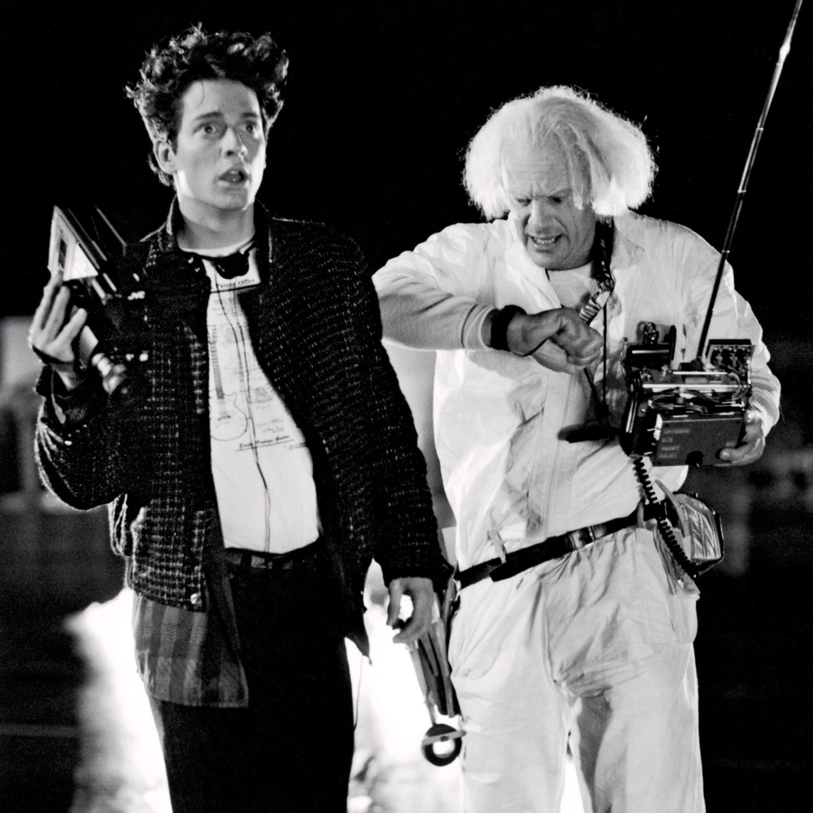87ebe0e5af534385c02aa1faab262ab2 e1600084069349 20 Things You Missed In Back To The Future