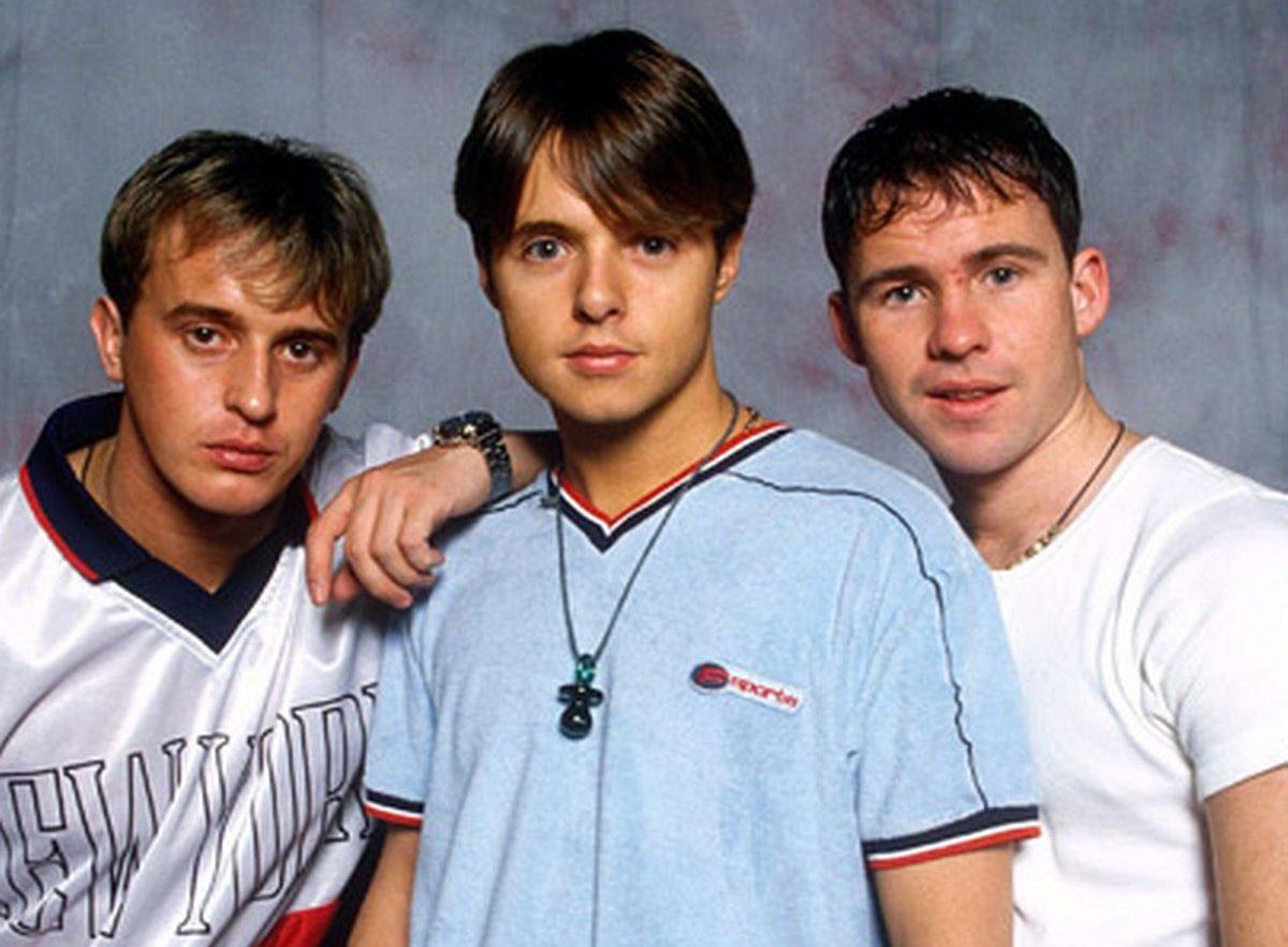911 e1628588437935 10 Boy Bands You've Most Definitely Forgotten About