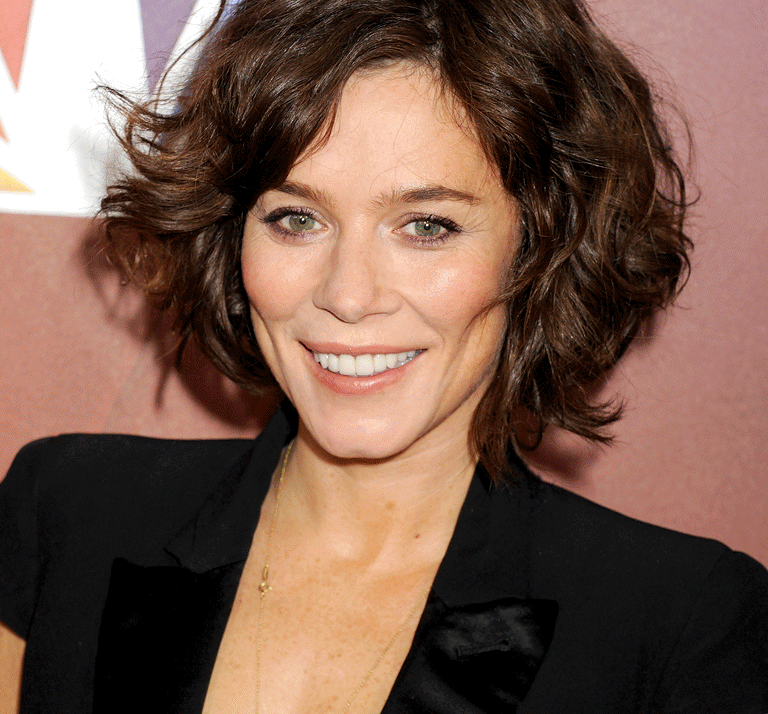 anna friel sc 768x1024 e1625573761536 Brookside Cast: Where Are They Now?