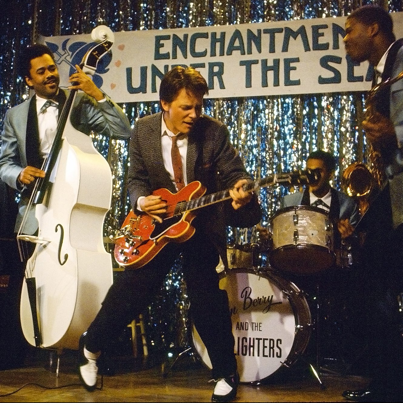 back to the future johnny b goode e1600167022327 20 Things You Missed In Back To The Future