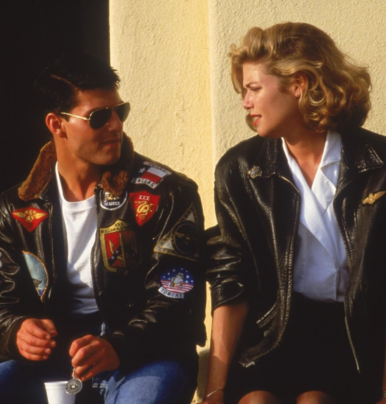 gif 10 e1594996125131 20 Things You May Have Missed In Top Gun