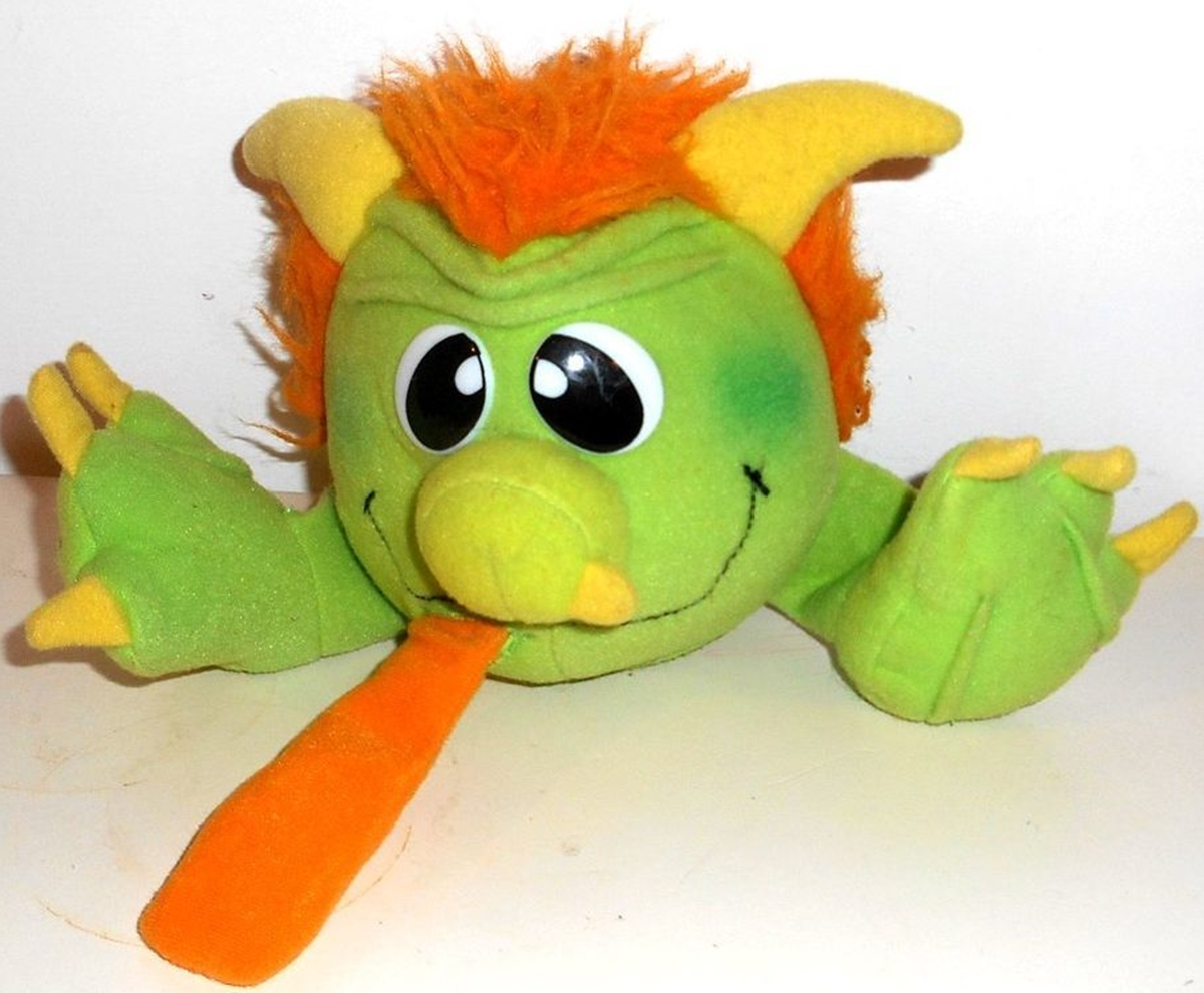 A green and orange Grumple