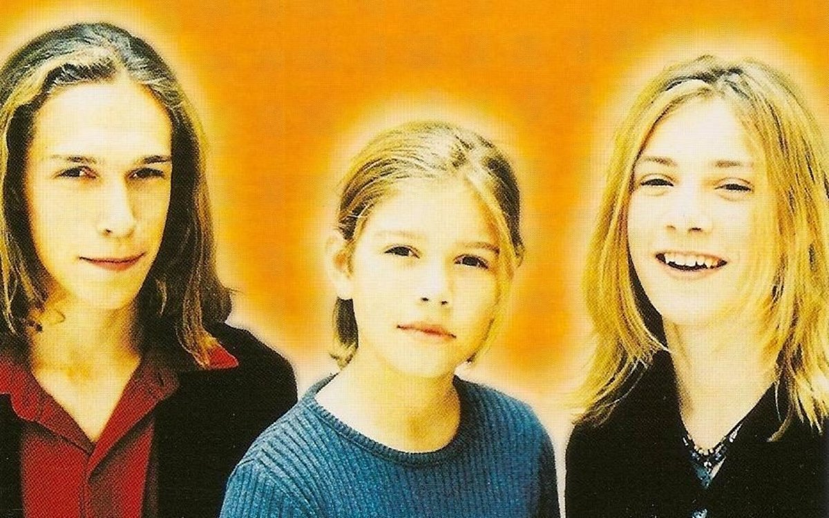 3 21 Remember Hanson? You Won't Believe How Amazing They Look Now!
