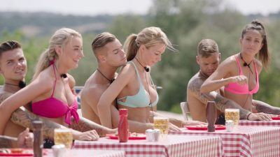 3. 12 Love Island Contestants Can't Do These Things This Year...