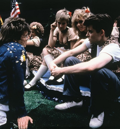 MV5BMTYzNzQ1OTE2NF5BMl5BanBnXkFtZTcwNjUzOTI2OQ@@. V1 SY1000 CR0014821000 AL 20 Things You Probably Didn't Know About Ferris Bueller's Day Off