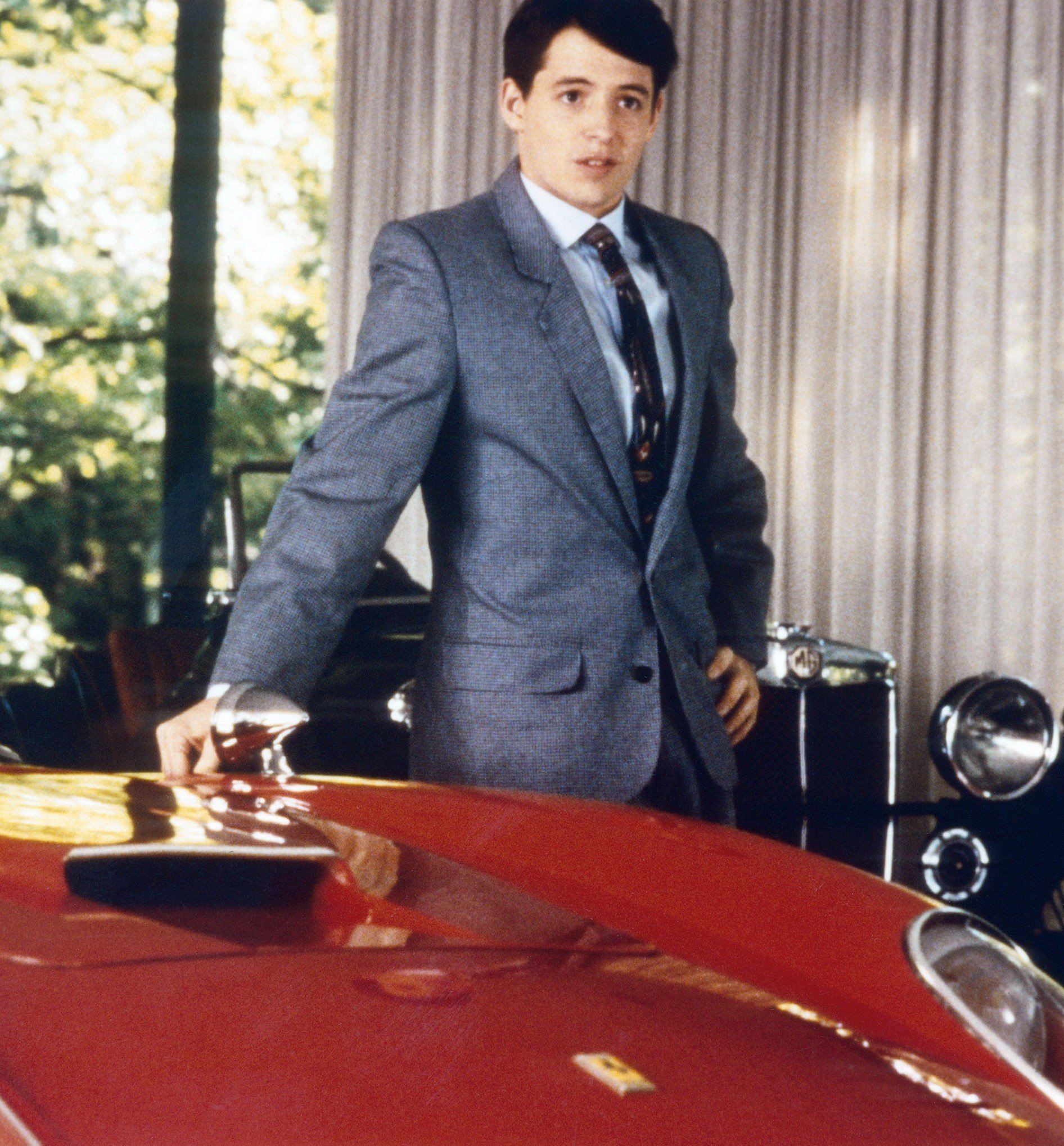 m8dfebu ec004 h 2535f84d 2ace 40fa 8de2 c47966b0b791 20 Things You Probably Didn't Know About Ferris Bueller's Day Off