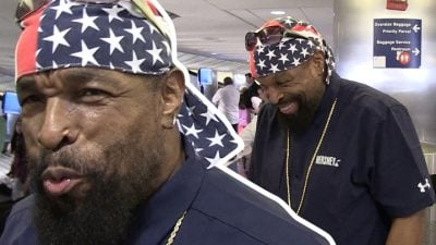 Mr T in the airport