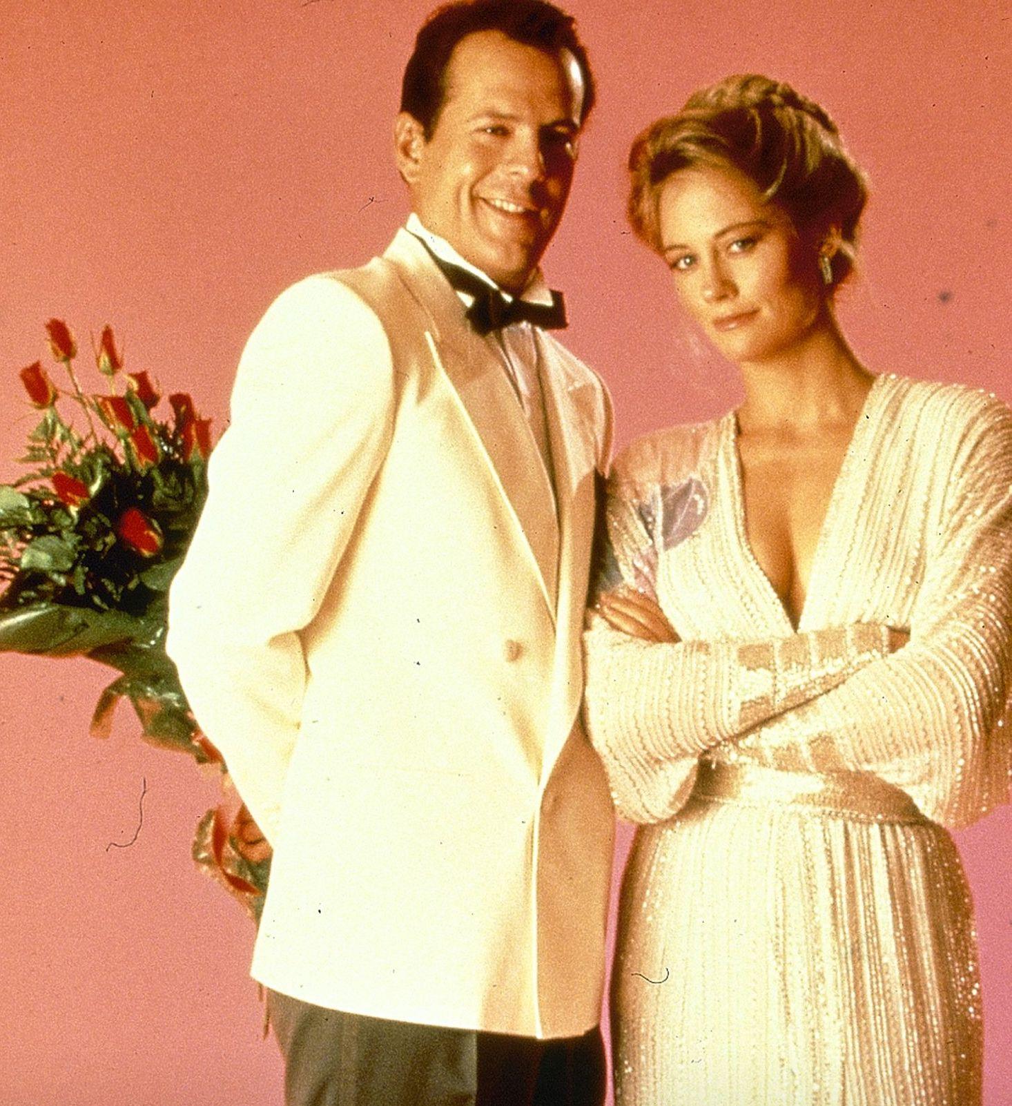 Bruce Willis as David Addison, Cybill Shepherd as Maddie Hayes, Moonlighting season 3
