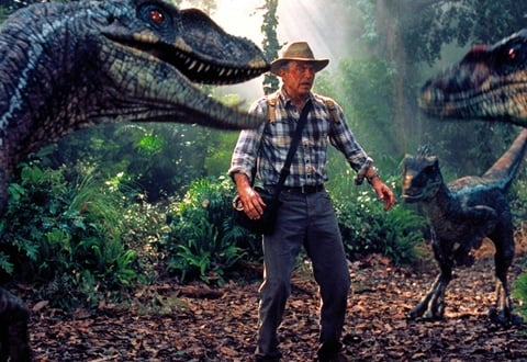 3 10 30 Unbelievable Film Mistakes That Made It To The Big Screen