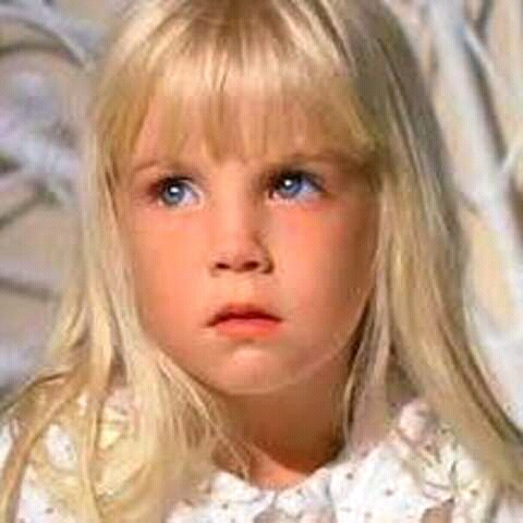 FB IMG 15269910874345110 25 Spooky Facts About Poltergeist!