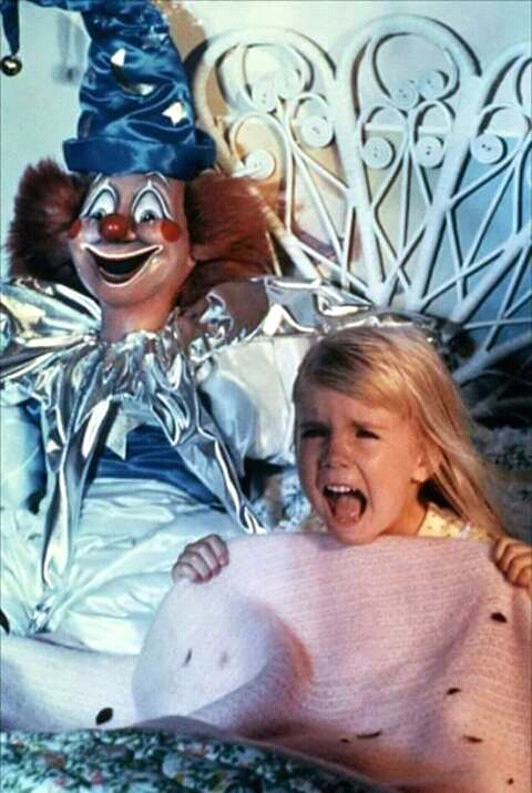 FB IMG 15269920222021989 25 Spooky Facts About Poltergeist!