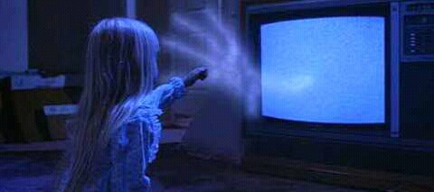 FB IMG 15269923728503453 25 Spooky Facts About Poltergeist!
