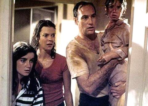 FB IMG 15269924168712864 25 Spooky Facts About Poltergeist!