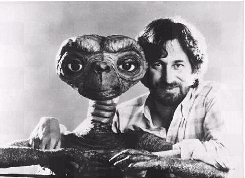 FB IMG 15271804710157164 18 Surprising Facts About Steven Spielberg!