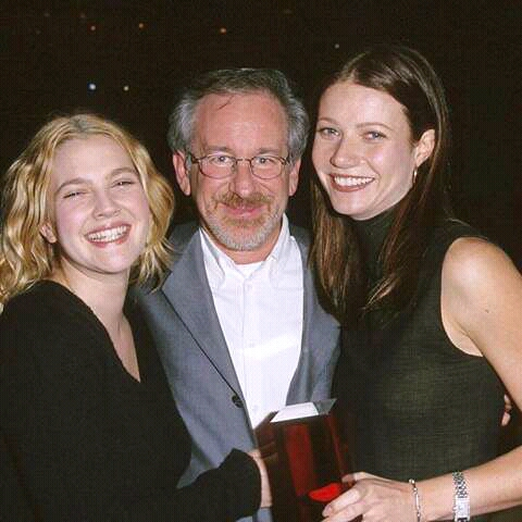 FB IMG 15271809008749994 18 Surprising Facts About Steven Spielberg!