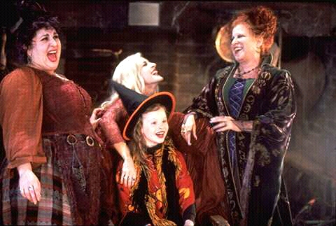 FB IMG 15277937427595926 10 Spookingly Surprising Facts About Hocus Pocus!