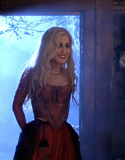 FB IMG 15278015790616113 10 Spookingly Surprising Facts About Hocus Pocus!