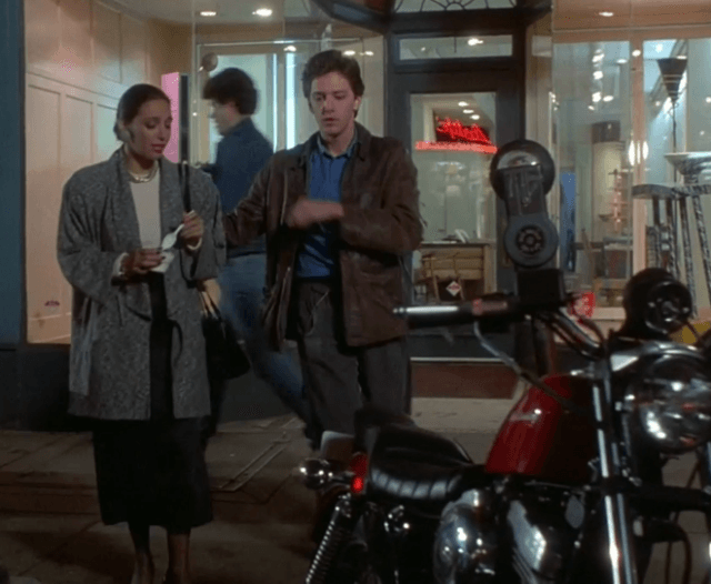 roxie and jonathan in mannequin