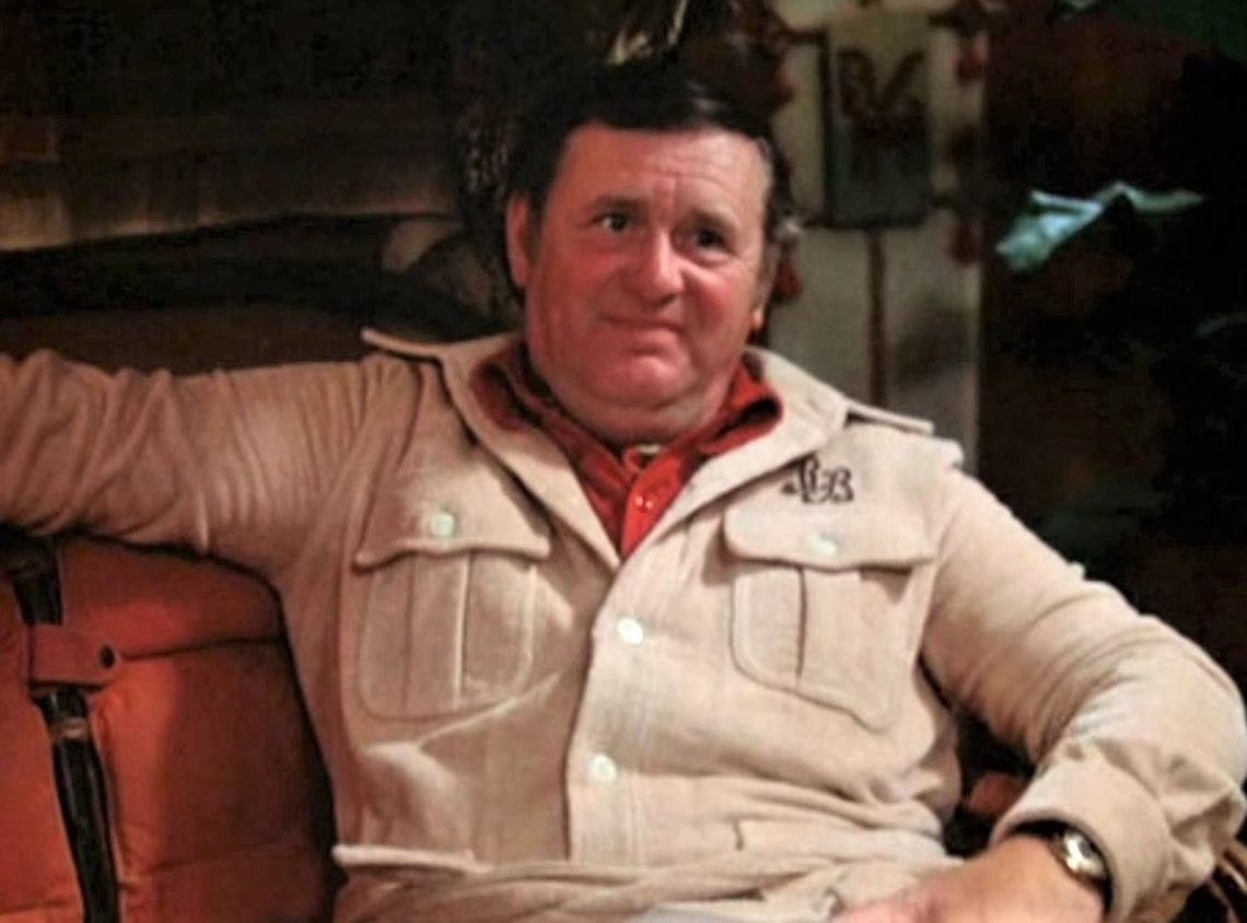 Late Show Eugene Roche 1977 3 e1614683454746 25 Things You Didn't Know About Magnum, P.I.