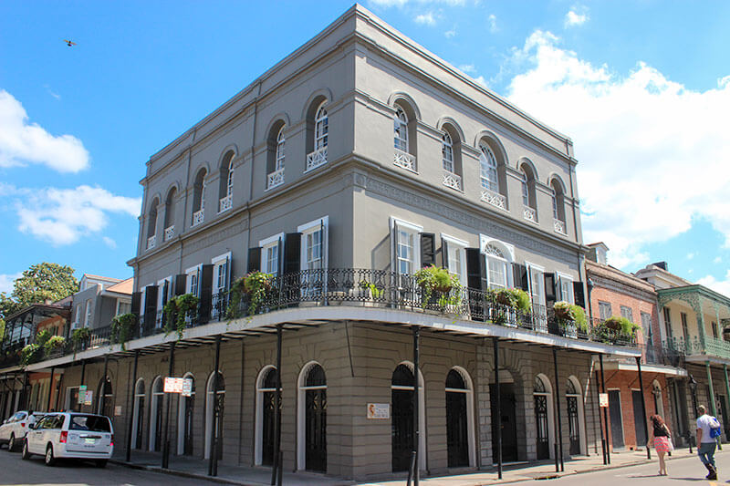 lalauriemansionnola 20 Fascinating Facts You Didn't Know About Nicolas Cage