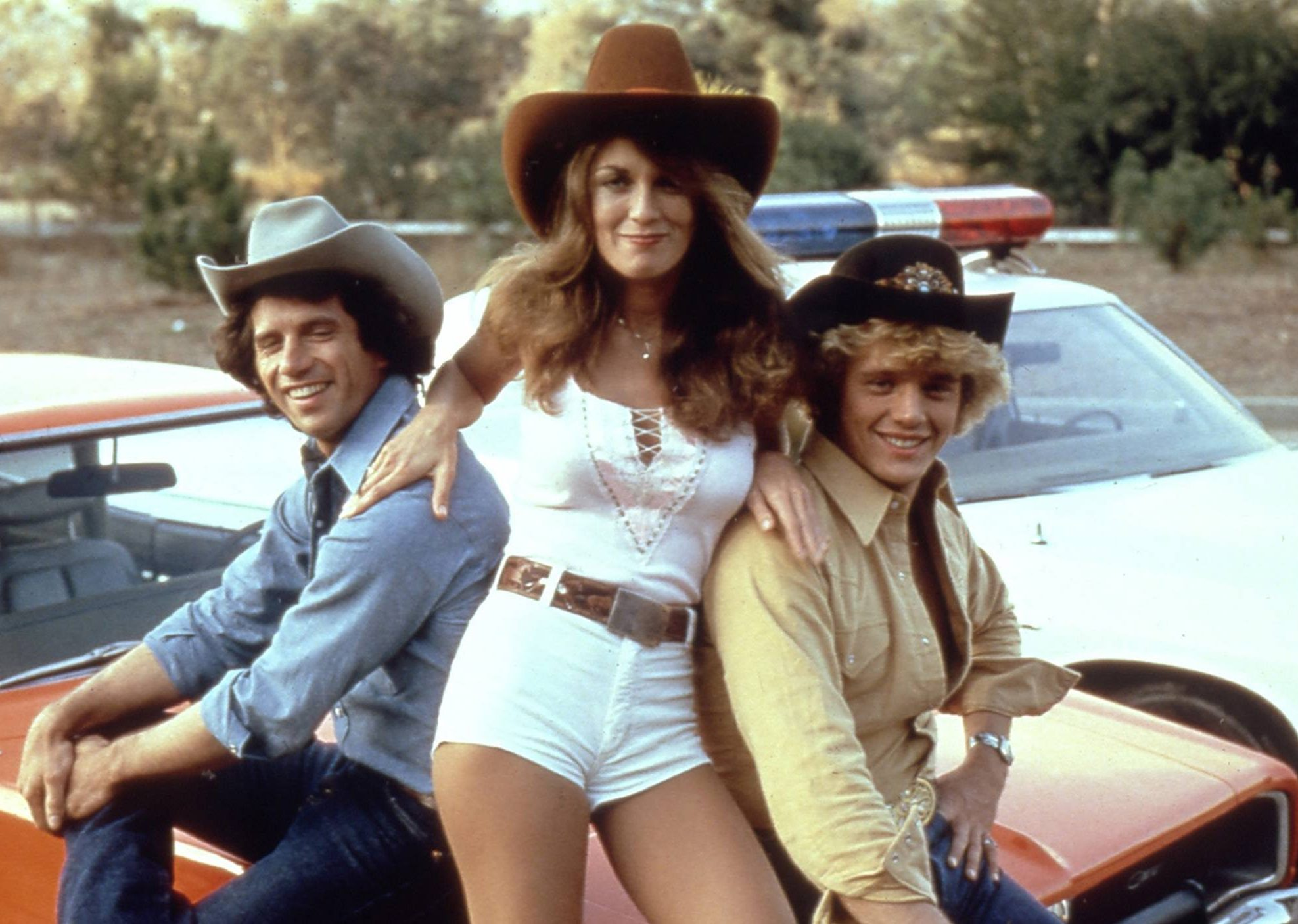 today jeans daisy dukes 150612 tease 4ce64b9940f2c7384470a2dd6352cea0 e1617097675379 Do You Remember The Cast Of Dukes Of Hazzard? This Is What They Look Like Now!