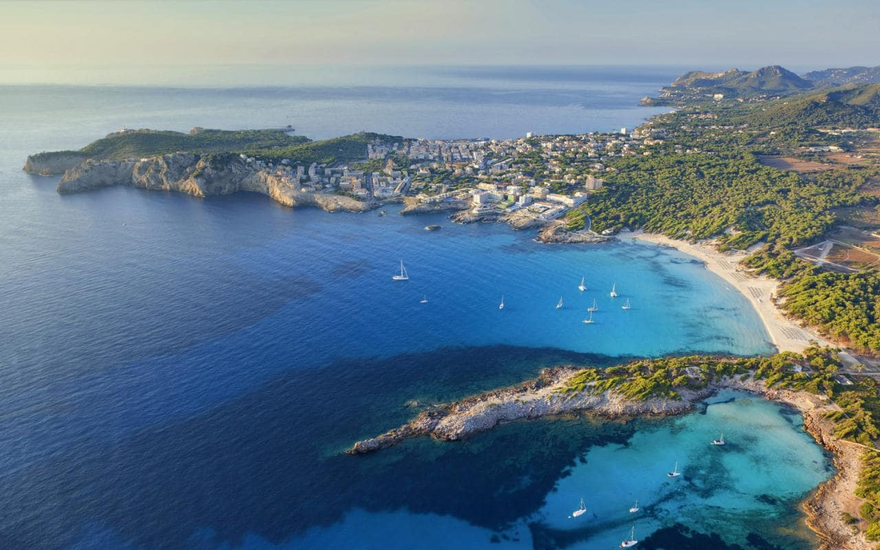 10 21 The Top Ten Holiday Destinations Of The 1980s