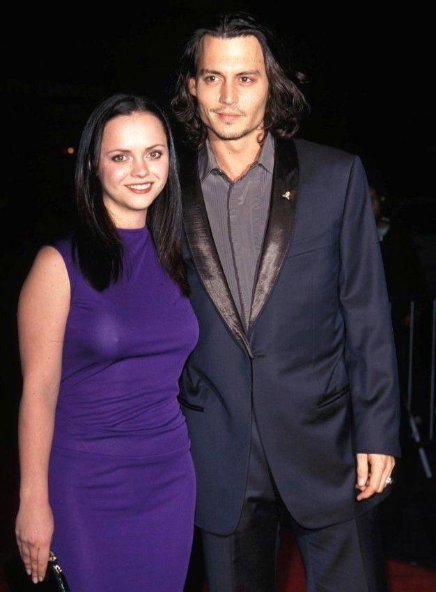 Christina Ricci and Johnny Depp at the Sleepy Hollow premiere