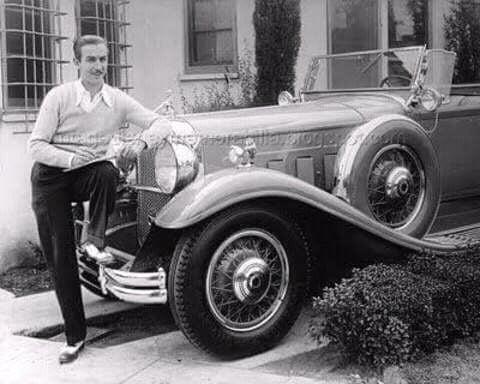 FB IMG 15281348961620339 10 Surprising Facts About Walt Disney!