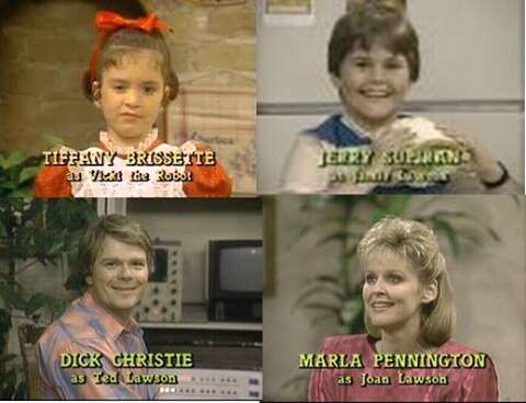 The Lawson family in the credits of Small Wonder